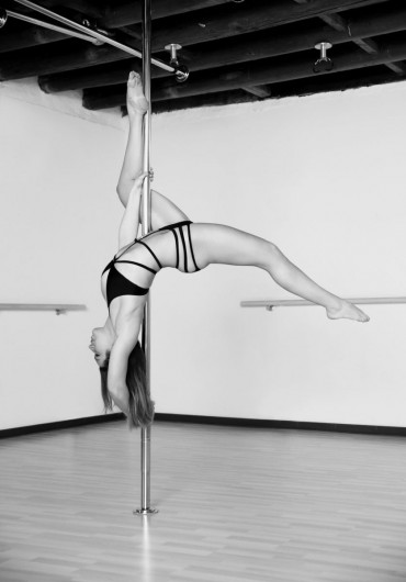 Pilates e Altro - pole-dance-001.jpg